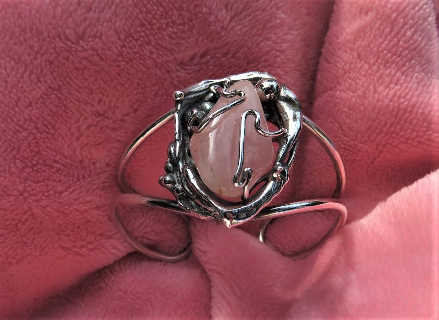 "Bracelet ""Nid"" et quartz rose"